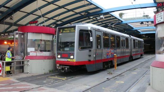 Kereta di San Fransisco - sumber gambar: YouTube